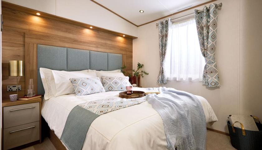 abi clarendon bedroom