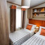 Regent twin bed